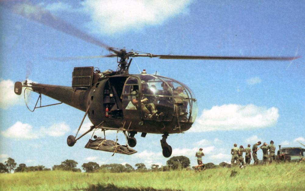 Рота обеспечения отрабатывает приемы перевозки миномета, совместно с 7-й (вертолетной) эскадрильей.  О том, что это за фото написано вот тут