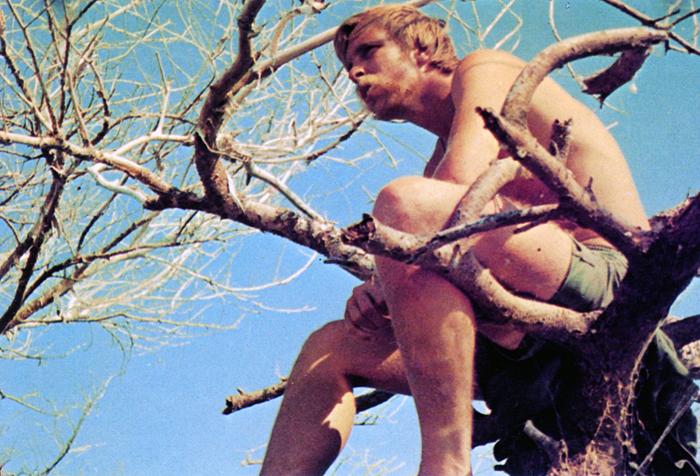 Рядовой Дик Бидерман (США) во время отдыха
