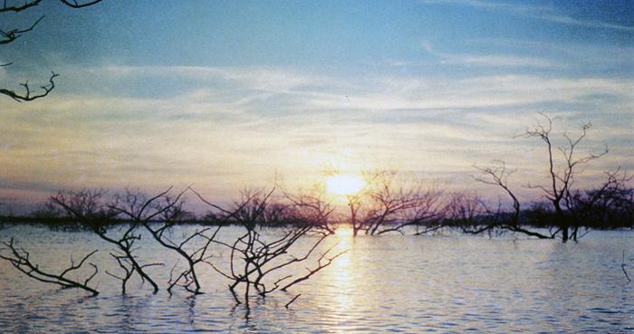 Закат на озере Кабора Басса