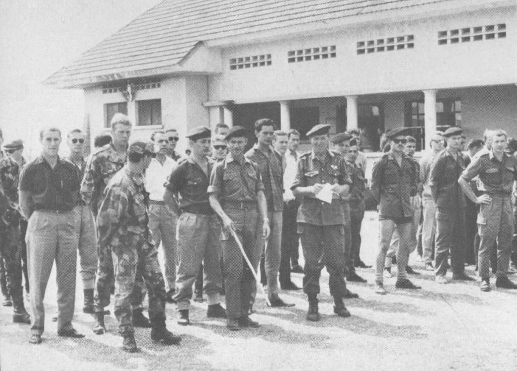 """Первые рекруты 5 Commando. Фотография из книги Джерри Пюрена """"Mercenary Commander"""""""