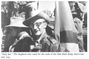 Святой Джо. Пастырь, который заботился о душах заблудившихся черных овечек. Фотография из книги Майка Хоара - The Road to Kalamata.