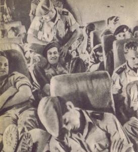 """Наемники во время перелета. Фото из книги """"Дело Бернда К."""""""